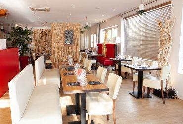 Salle principale du restaurant le Fil Rouge à Quimper