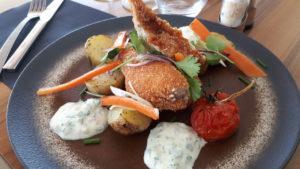 Suprême de volaille servie au Fil Rouge, restaurant à Quimper